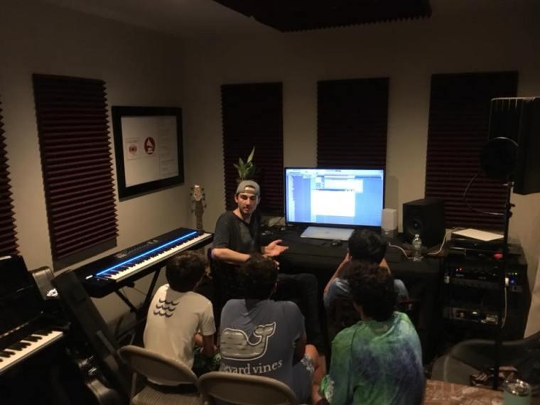 Andrews Studio 2018